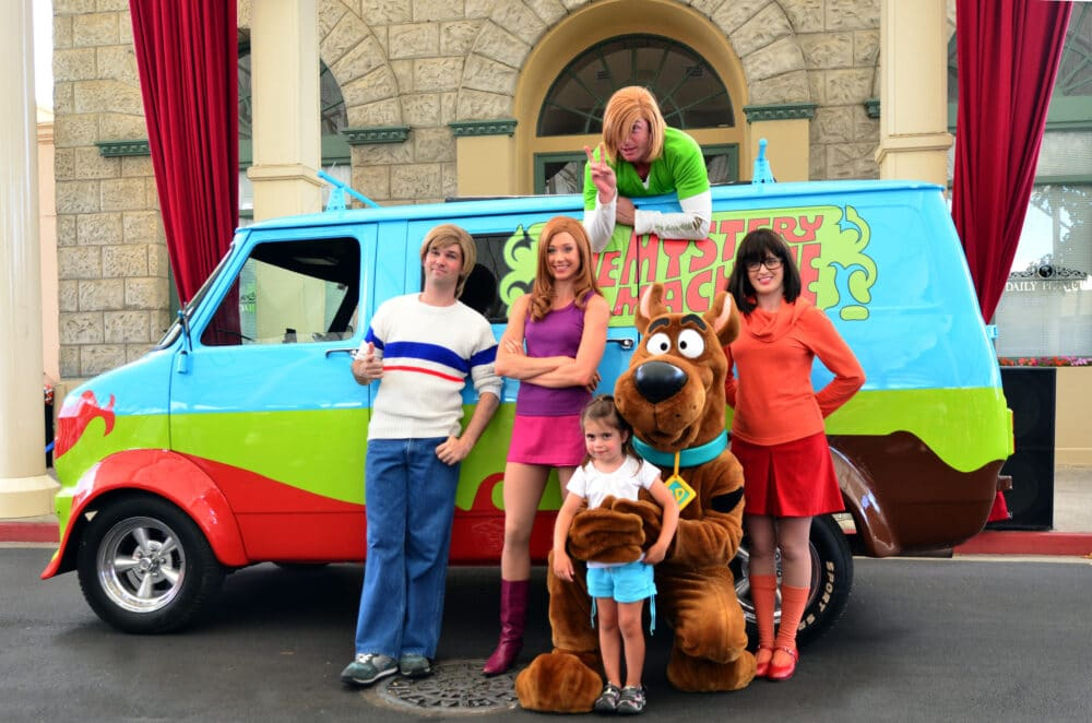 Scooby Doo family.